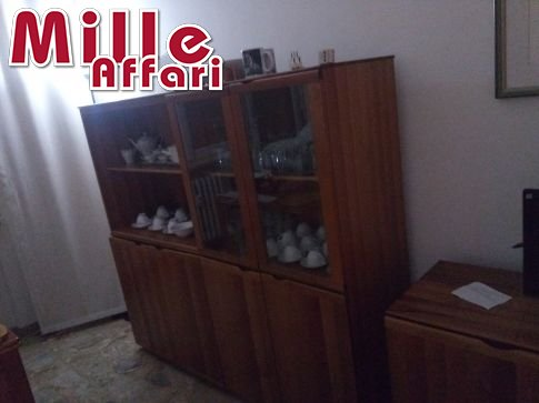 Mobile soggiorno 3 pezzi vendo a 149 euro o anche 49 euro for Cerco mobile sala