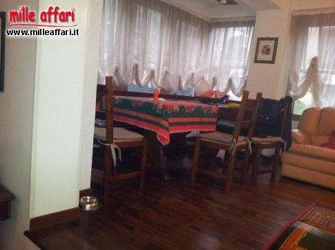 Senigallia zona piano regolatore appartamento al piano for Piani immobiliari